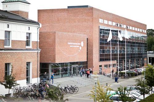 business-academy-aarhus-building